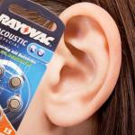 Trouver la bonne pile pour une prothèse auditive
